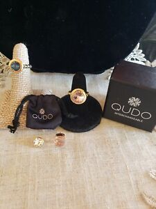 Qudo Swarovski Crystal Rings With 2 Change Outs silver tone and gold tone