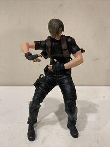 Leon S Kennedy Action Figure Resident Evil 4 Capcom NECA 2005