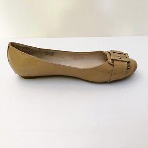 Sandler 8 B Plaza Beige Patent Ballet Flats Buckle RRP $120 EUC