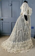 Edwardian Antique / Early 1900s Embroidered Lace Dress