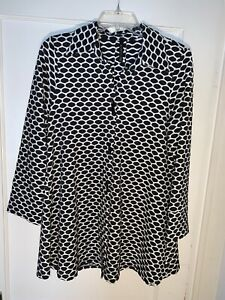 IC Connie K Trapeze Tunic Top Black White  Honeycomb size S