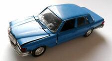 Mercedes W 116 - 450 SE in blau blue blu blue, Schuco in 1:43 - 11,5 cm long!