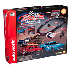 Auto World Srs329 13' Stock Car Showdown X-Traction Slot Race Set Ho /1:64 Scale