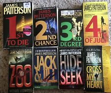 Lot of 8 Paperback Books by James Patterson (Lot #31)