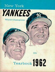 1962 New York Yankees Yearbook w/Mickey Mantle, Roger Maris EX