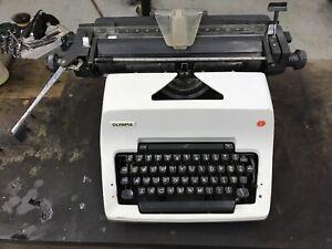 Vintage Olympia SG-3N Manual Typewriter German SG 3 N portable oversize legal