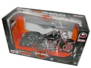 Maisto Harley Davidson 2013 FLHRC Road King Classic 1:12 Scale Motorcycle Model
