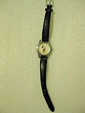 MICKEY MOUSE WATCH, DISNEY, LORUS, WORKS PERFECTLY, NICE, HANDS MOVE