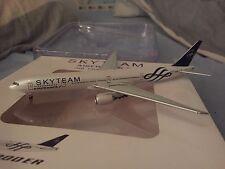 Flightline 1/400 Air France Boeing 777-300ER Skyteam F-GZNE die cast metal model