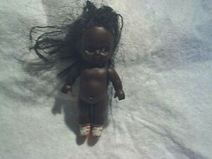 1962 BLACK AFRICAN AMERICAN MINI GIRL DOLL,Made In Japan,Plastic,antique,old toy