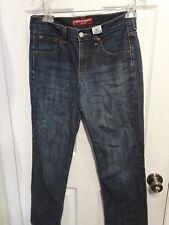 Womens Levis 505  Nouveau Low Straight Red Tag Size 8M Jeans (30 x 30)