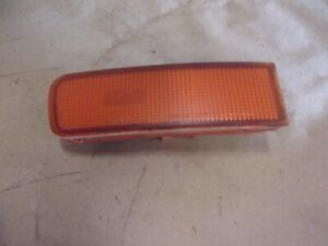 95-99 NISSAN MAXIMA RH RIGHT PASSENGER FRONT SIDE MARKER LIGHT 23063380