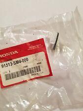 Genuine Honda Rocker Molding Clip 91513SM4000 -- civic/accord/cr-v