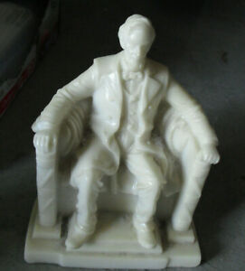 """Vintage Cast Resin Abraham Lincoln Memorial Figurine 4 1/2"""" Tall"""