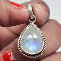 925 Sterling Silver Rainbow Moonstone Pendant 4.08 gms Jewelry CCI