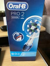Oral-B 106467021 PRO 2 2000N CrossAction Electric Rechargeable Toothbrush