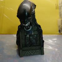 AVP Alien vs Predator  Alien Real Head Figure Shiping From Japan Prize product