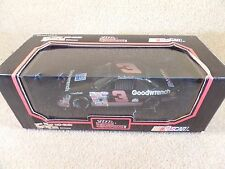 1992 Racing Champions 1:24 Diecast NASCAR Dale Earnhardt Sr Goodwrench Lumina #3