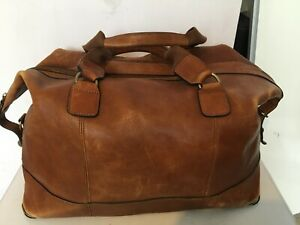 MARKS & SPENCER GENUINE LEATHER LARGE BROWN TRAVELLING WEEKEND BAG CROSS BODY