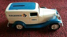 RARE VINTAGE ERTL 1932 FORD Delivery Van Coin Bank Car - N.H.Geotech