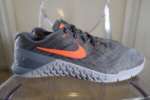 Nike Metcon 3 Trainer Size 15 Dark Grey/Hyper Crimson/Wolf Grey New Old Stock