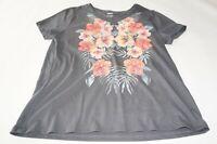 women's floral  T-shirt Size L