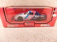 1994 Racing Champions 1:24 Diecast NASCAR Mark Martin Valvoline Thunderbird b