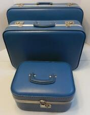VTG SET OF 3 BLUE HARD SHELL LUGGAGE MAKE UP CASE AND 2 SUITCASES