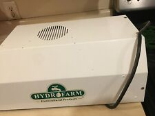 Compact Fluorescent Fixture 125W, In Great Working Condition. No Bulb Included