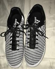 BRAVA White And Black Soccer Cleats Men's Shoe Size 11