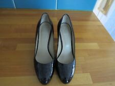 "HOBBS OF LONDON SIZE 38.5 5 1/2  2.5"" STILETO ANIMAL PRINT PATENT LEATHER SHOES"