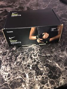 New In Box Nike Wrist Weights NEX02007 One Size Fits Most 2.5 Pounds Black/Volt