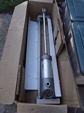 4 Foot Explosion-Proof Light - 4' Fluorescent Tubes + Metal Reflector Shields