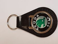 SKODA AUTO BADGE ROUNDEL - LEATHER KEYRING WITH DOMED STICKER