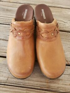 Clarks Collection Marion Coreen NWOB $90 Women's Clog Shoes Size 9 M Dark Tan
