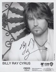 Country & Western star Billy Ray Cyrus signed 8x10 photo