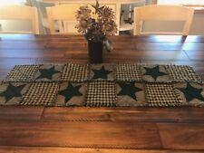 NEW Plaid Homespun PriMiTivE Rag Quilt Table Runner Mat Dark Green Stars Tan