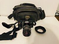 Minolta Maxxum 5000 35mm film camera with lens and Case