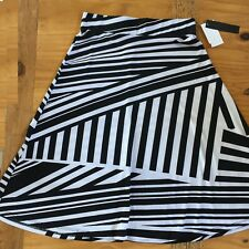 HEART Soul Juniors Ladies Black and White Stripe Long Skirt Size SMALL NWT