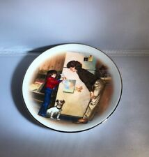 Avon 1985 Mothers Day Porcelain Plate 22k Gold Trim, Creation of Love Tom Newsom