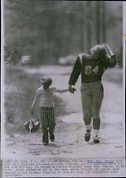 LG793 1972 Wire Photo GAIL DEARIE New York Fillies Female Football Team Athlete