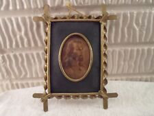 fancy oval metal  picture frame, 2.5 X 3.5 inches,  # 1018