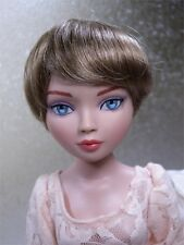 Monique Wig BEBE Size 6-7 Light Golden Brown fits Ellowyne Volks Evangeline Unoa