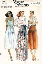 1970's VTG VOGUE Misses' Skirt Pattern 7041 Size 26.5 UNCUT