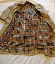 Vintage Burberry London Beige Nova Check Unisex Trench Coat 40
