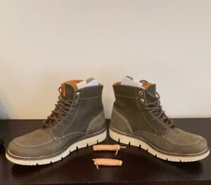 Timberland Hommes Boots men 12 (used once!)