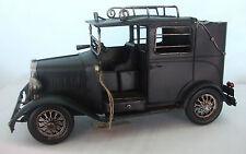 Di latta modello di un trasporto Vintage Nero Auto