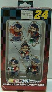 Jeff Gordon #24 DuPont Collectible Mini Ornament Pit Crew Set 2004 Trevco NASCAR