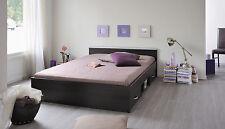 Bettgestelle ohne Matratze aus Spanplatten zum Zusammenbauen