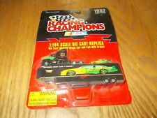 RACING CHAMPIONS NASCAR STOCK CAR AND CAB WITH TRAILER (JOHN DEERE)